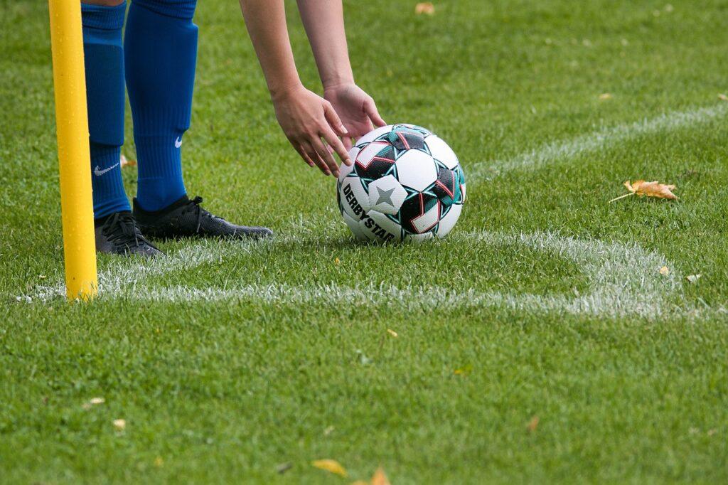 corner ball, corner point, football-6566084.jpg