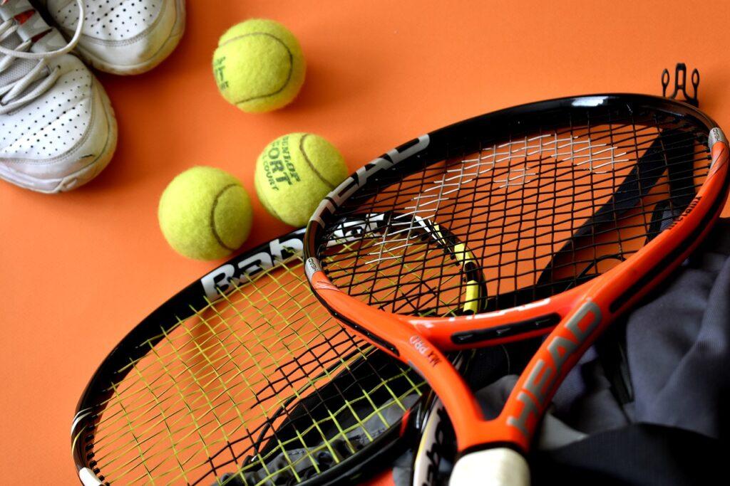 tennis, sport, sport equipment-3554019.jpg